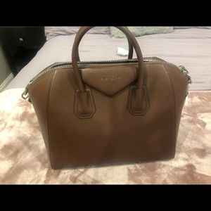 Givenchy Antigona medium great condition